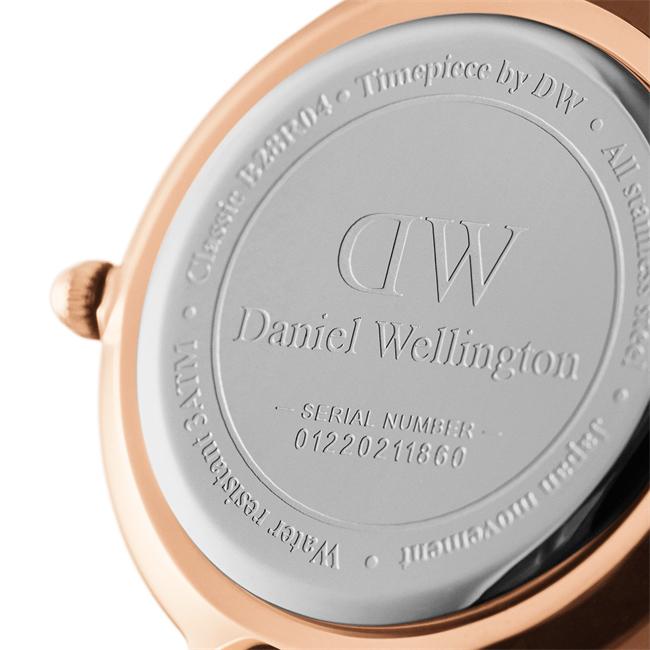 ダニエルウェリントン 腕時計 クラシックペティット 28mm メルローズ ローズゴールド ブラック レディース Daniel Wellington CLASSIC PETITE MELROSE dw00100217 安心の正規品・2年保証 代引手数料無料  あす楽 即納可能