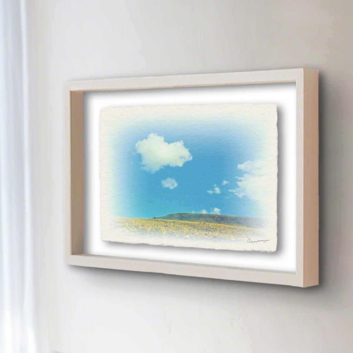 和紙 手作り アートフレーム 「青い空と白い雲とニッコウキスゲの丘」(32x26cm) 絵画 絵 ポスター 壁掛け モダン アート 和風 オリジナル インテリア 風景画 ランキング おすすめ おしゃれ 人気 キッチン リビング ダイニング 玄関 和室