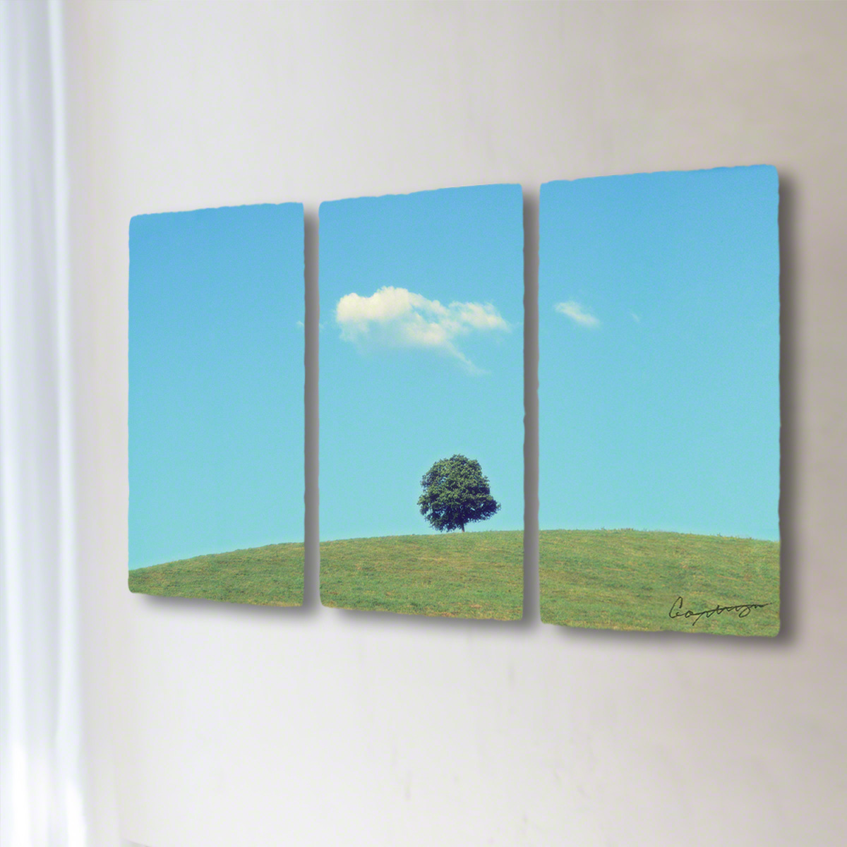 和紙 手作り アートパネル 3枚続き 「丘の上の木とはぐれ雲」(96x54cm) 絵画 絵 ポスター 壁掛け モダン アート 和風 オリジナル インテリア 風景画 ランキング おすすめ おしゃれ 人気 キッチン リビング ダイニング 玄関 和室
