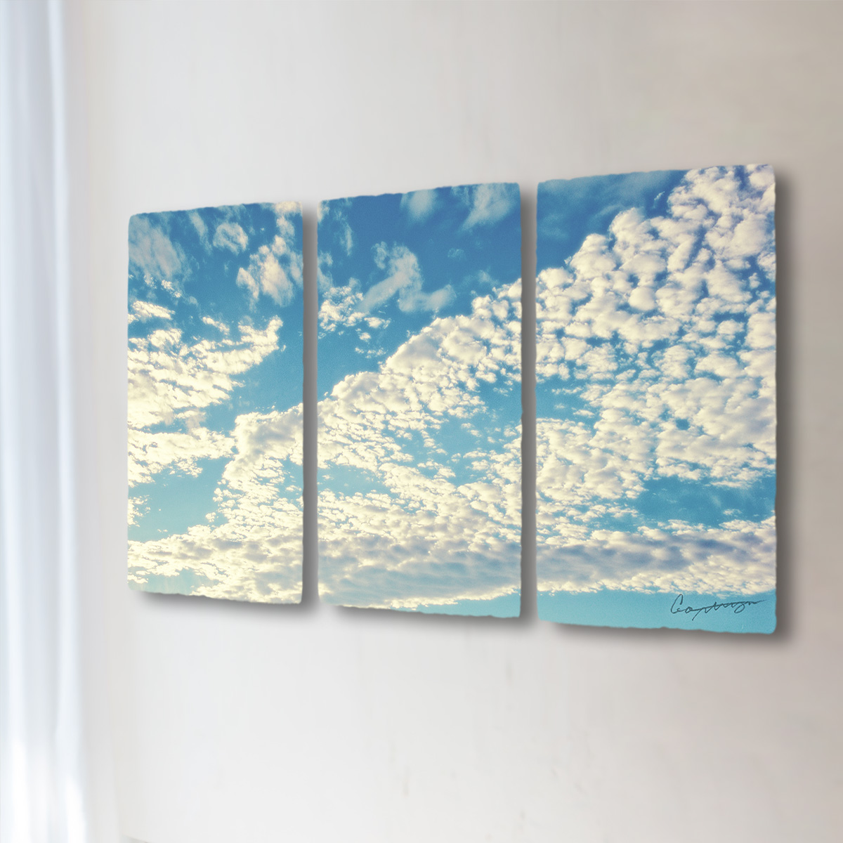 和紙 手作り アートパネル 3枚続き 「青空に輝くうろこ雲」(128x72cm) 絵画 絵 ポスター 壁掛け モダン アート 和風 オリジナル インテリア 風景画 ランキング おすすめ おしゃれ 人気 キッチン リビング ダイニング 玄関 和室