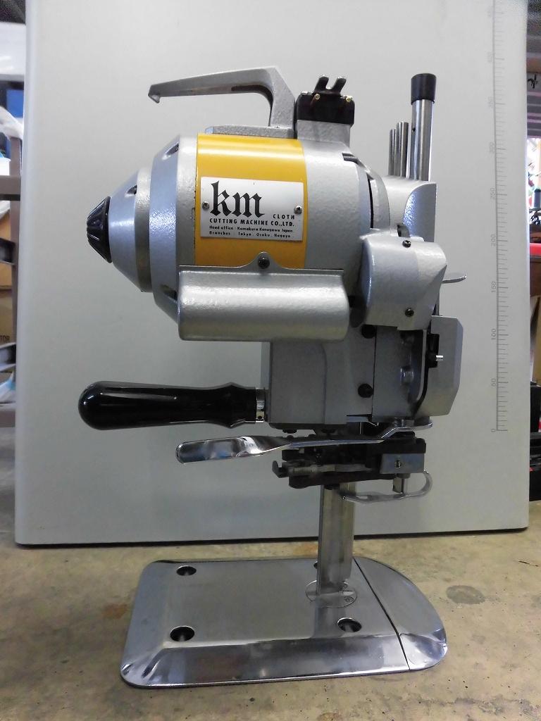 【中古】 KM 裁断機 100V仕様 自動研磨装置付き モデルNO-KS-EU型 5インチ縦刃裁断機 弊社にて、オーバーホール済み。