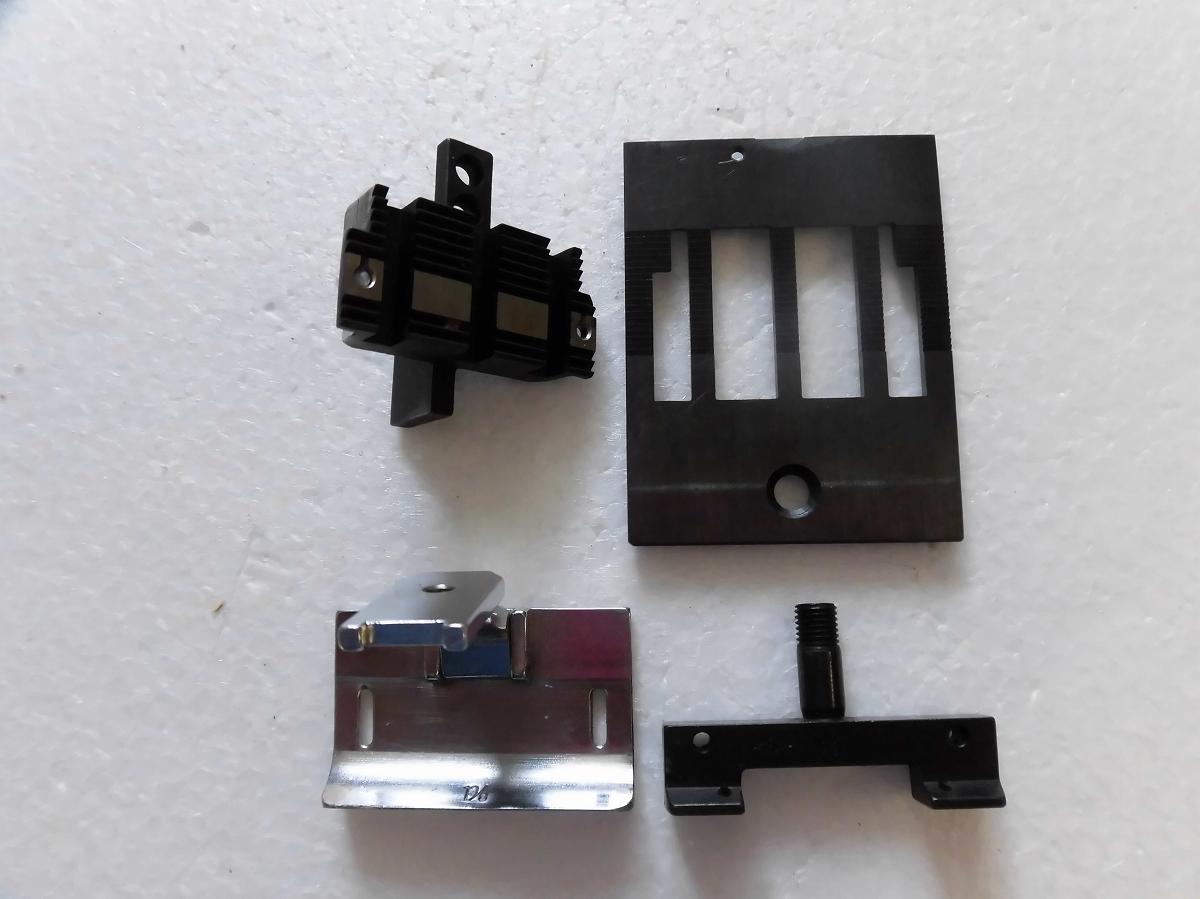 【中古】2本針本縫い針送りミシン ゲージセット 1 3/8インチ
