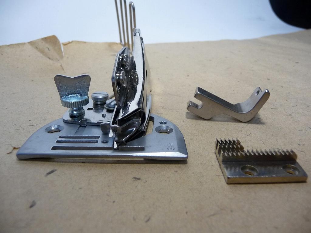 【新品】針板付き四ツ巻バインダー SSM-D10-4 36×10