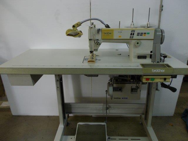 【中古】Brother ブラザーミシン 1本針自動糸切ミシン縫いはじめ、縫い終わり自動止め縫い機構付きミシン。モデルNO-DB2-B737-413型 100V仕様
