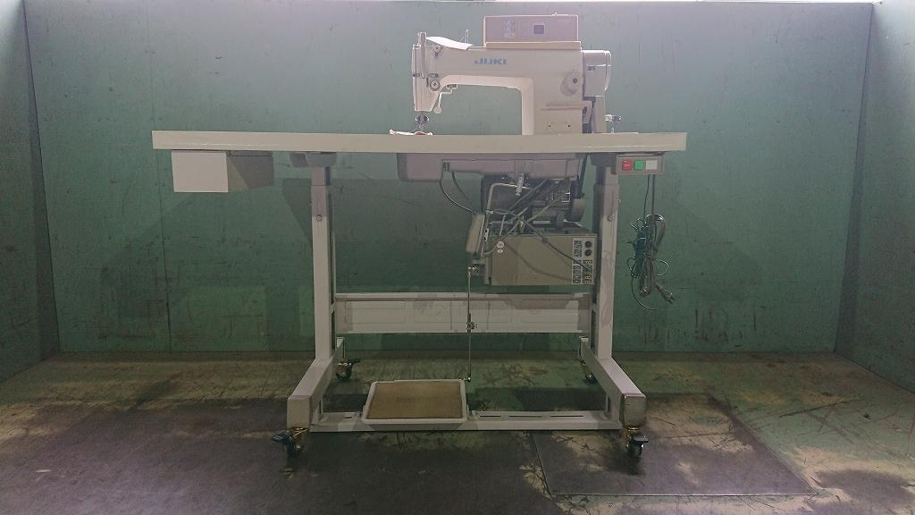 【中古】 ジューキ JUKIミシン 1本針自動糸きりミシン モデルNO DDL-5570N-SC-120N 家庭電源100V仕様