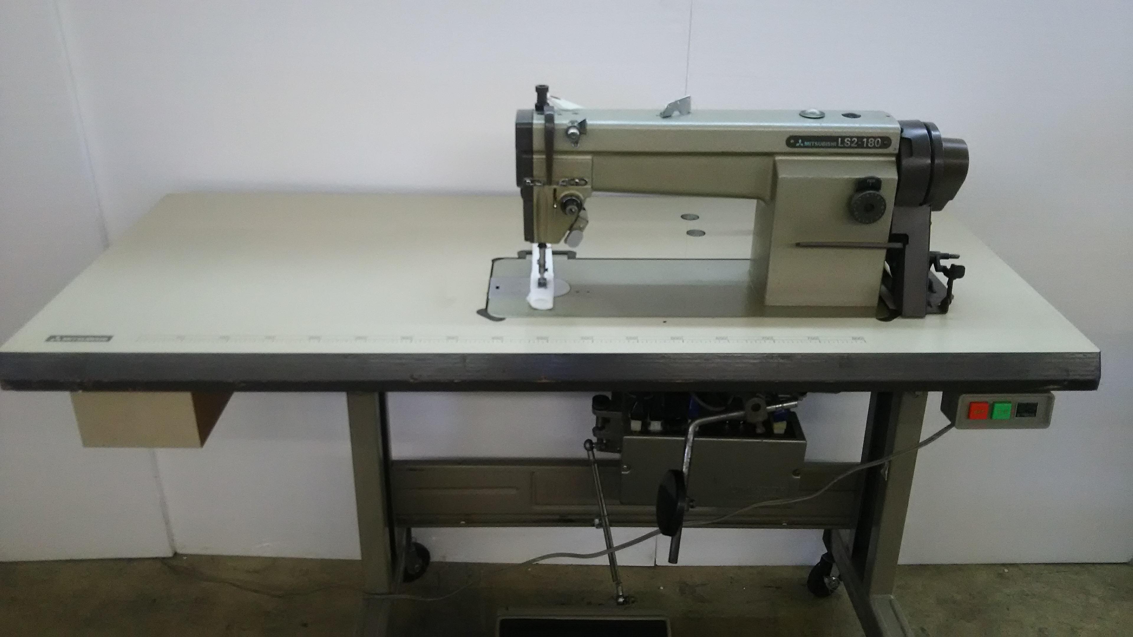 【中古】三菱ミシン MITSUBISHI ミツビシ 三菱 1本針自動糸切機構付きミシン モデルNO-LS2-180型 100V仕様 スピードコントロル付き、可変速モーター付。 弊社にて整備済み新品と同じく6か月の保証付。