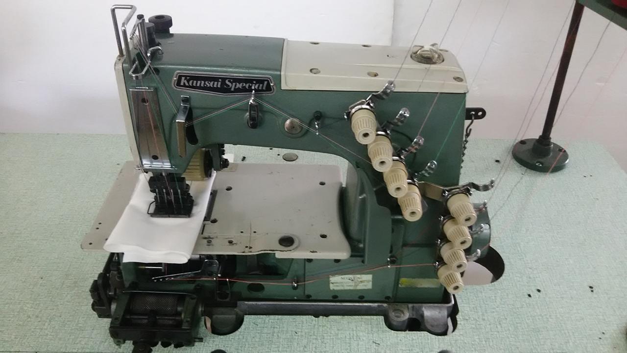 【中古】関西スペシャル 4本針2重環縫いミシン。モデルNO- DFB-1404PMD型