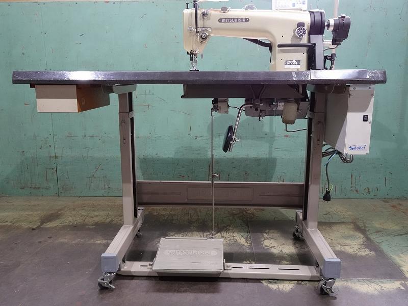 【中古】三菱ミシン MITSUBISHI ミツビシ1本針上下送り自動糸切ミシン。 NO- DY-359-22BZ 中古テーブル・脚付き。サーボモーター100V仕様、縫い始め縫い終わり自動止め縫い機能付き。