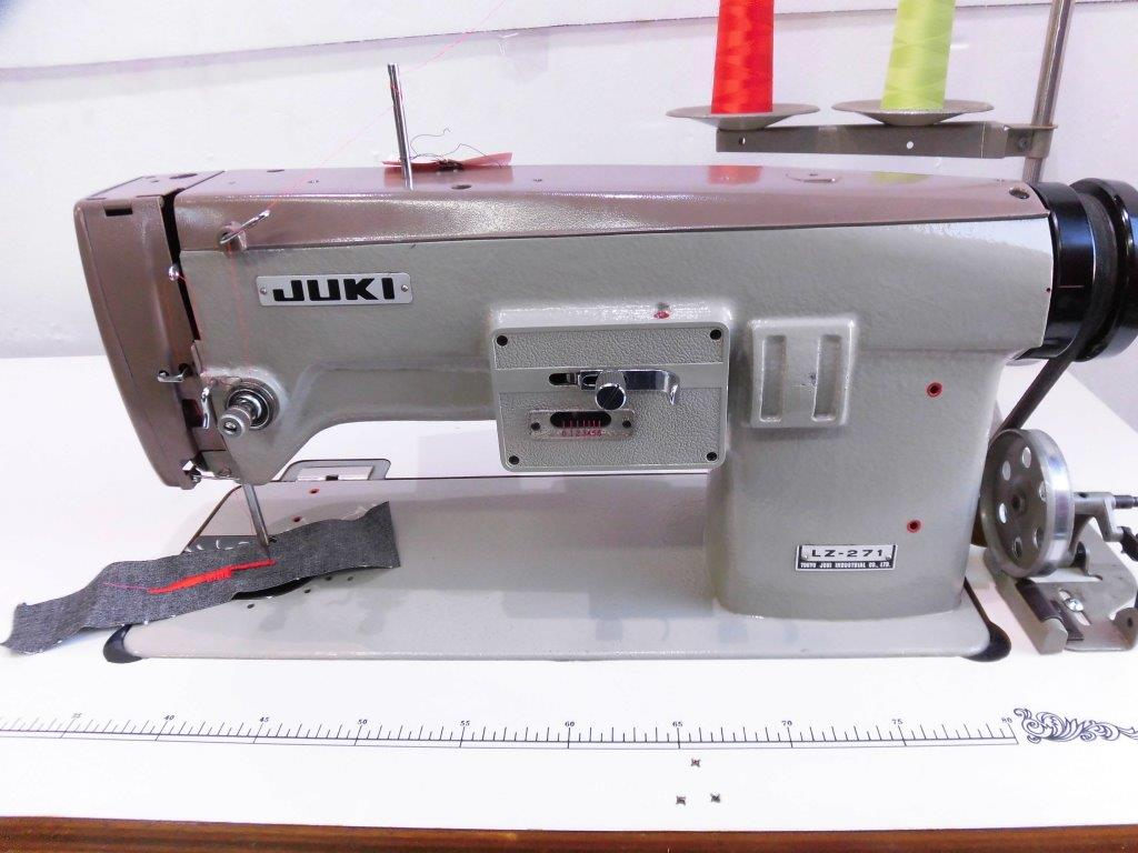 【中古】ジューキ ミシン JUKI刺繍ミシン モデルNO- LZ-271型 頭部のみ テーブル・脚・モーターは別お見積りとなります。