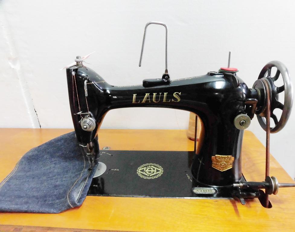 【中古】 LAULS 家庭用本縫いミシン 足踏み式ミシン