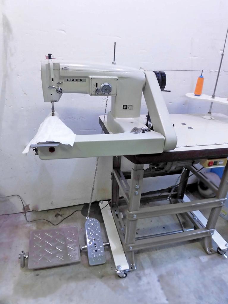 【中古】日本製 ステージャー モデル 腕型本縫い千鳥ミシン NO-SZ-310-1N型 1本針腕型千鳥ミシン「ふり幅を0にして押さえ金・針板・送り歯の交換により、直線縫いミシンとしてもお使いいただけます。」頭部のみ テーブル・脚・モーター別見積り