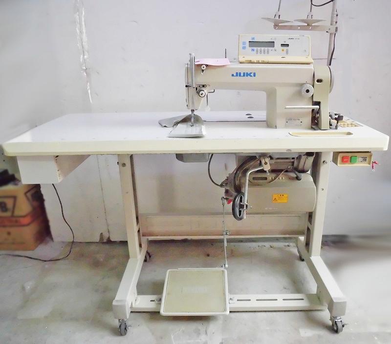 【中古】 JUKI自動糸きりミシン モデルNO- DDL-5571NーCP130