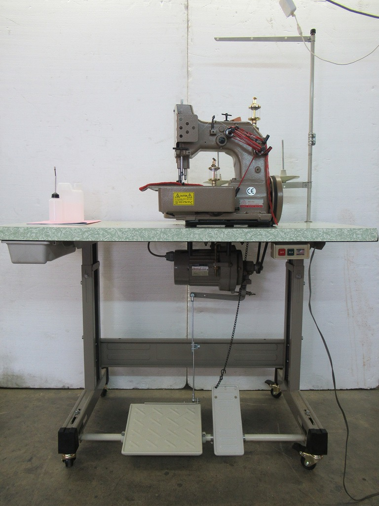 SSM-IDL-4AC 1本針3本糸の内カーブ縫いに適したミシン頭部新品・テーブル・脚・クラッチモーター中古セット