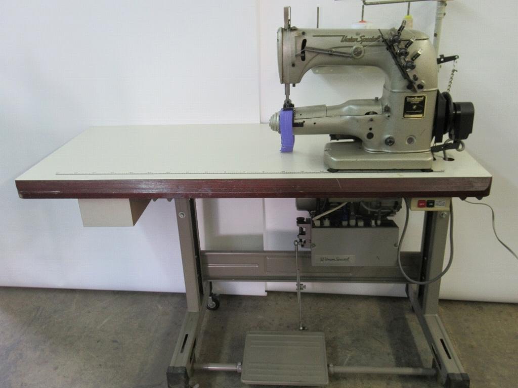 【中古】 ユニオン33700KF 横筒形扁平縫い自動糸切ミシン 100V 2本針扁平縫い横筒形自動糸切ミシン 針幅4.8mm