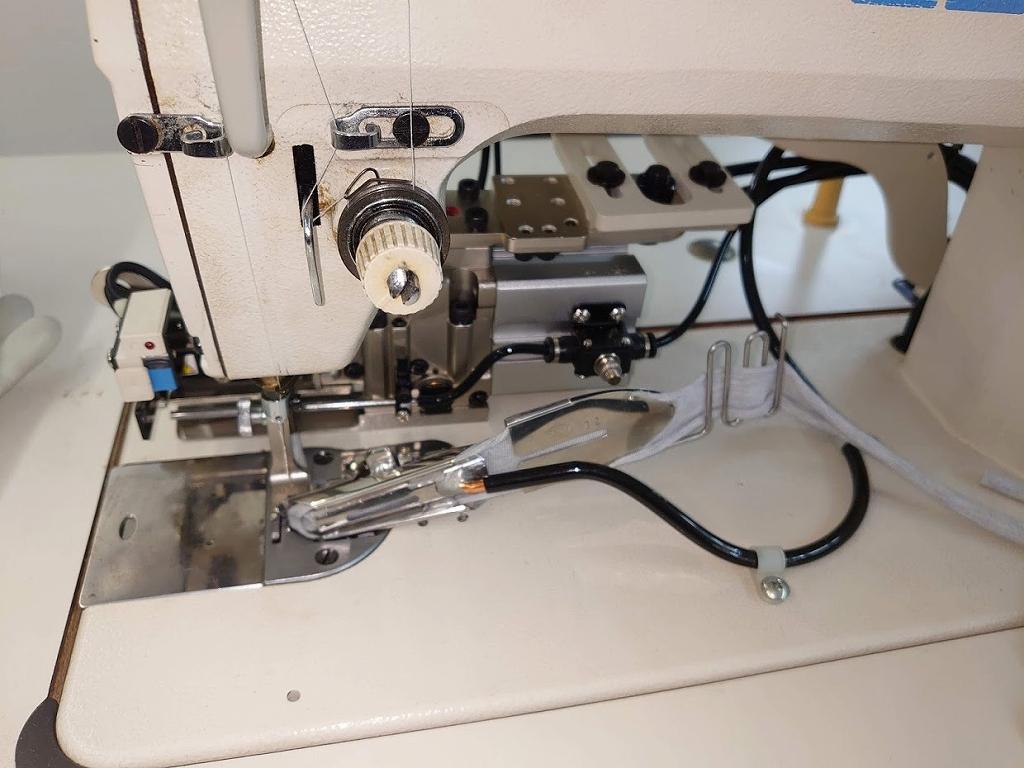 自動裁断装置 モデルNO-SSM-TCA-M45/F型 (ミシンは付属しません、装置のみの出品です)