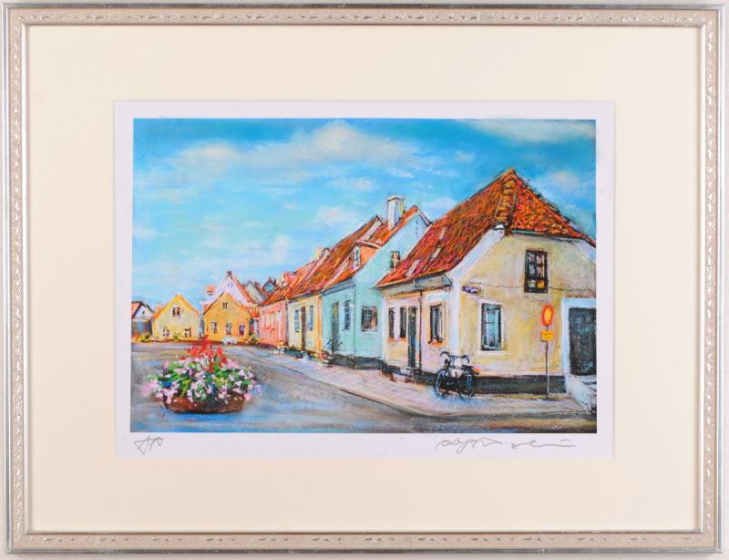 石井清先生がジークレーの版画に手彩を加えて制作した北欧の絵 倉 期間限定特別価格 漁師の家 大 は スウェーデンの古い漁港の町 石井清 作品名 シムリスハムを描いたジークレーの版画です 作家名