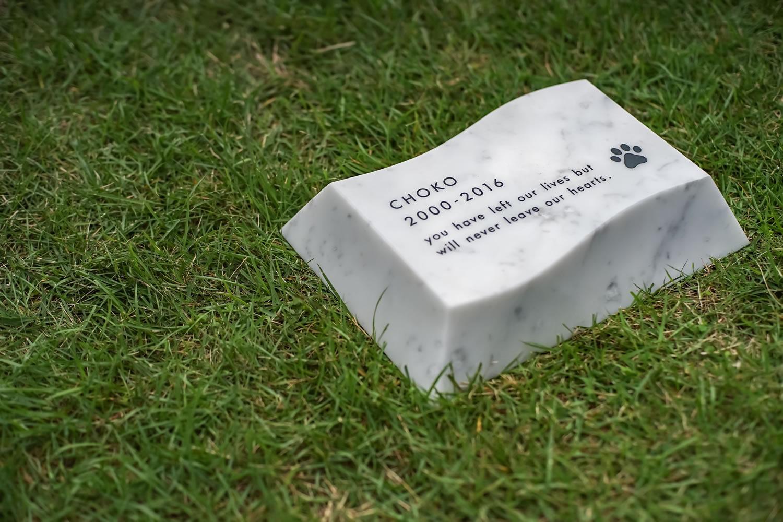 nami-ishiL-white 波石 L ホワイト送料無料 犬 猫 手元供養 墓石 仏具 仏壇 遺骨ペンダント 北欧 オシャレ フォトフレーム おはか お墓 墓 ペットロス 供養 火葬