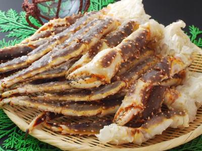 【冷凍】生たらば蟹〈タラバガニ〉1パック、800g前後、4足前後