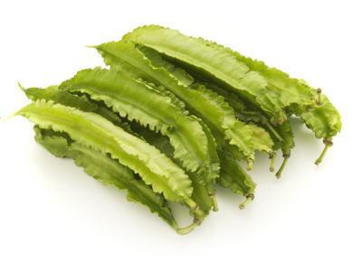 四角豆〈シカクマメ〉別称:うりずん豆〈ウリズンマメ〉1ケース、20パック前後、2Kg前後