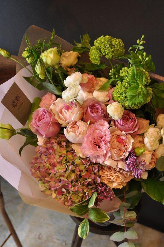 花束 誕生日 ピンク・レッド系 贈り物 ギフトに個性的なお花を 【MK】