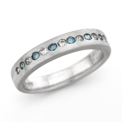 プラチナ ブルーダイヤモンド(トリートメント) 0.14ct ダイヤモンド 0.16ct リング