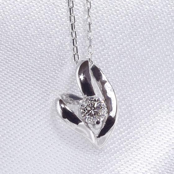 「あす楽対応」 0.1ct 1粒 ダイヤモンド ファッション ジュエリー アクセサリー レディース 4月誕生石 オープンハート ペンダント ネックレス K18WG 「4P0014」【送料無料】 *