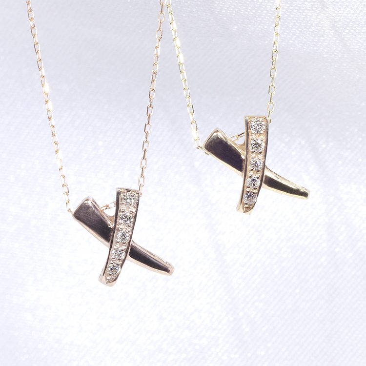 【スタイリッシュ♪】K18YG PG クロス デザイン ダイヤモンド ファッション ジュエリー アクセサリー レディース 4月誕生石 ペンダント ネックレス 18金 イエローゴールド ピンク 「4P0084yp」【送料無料】 *