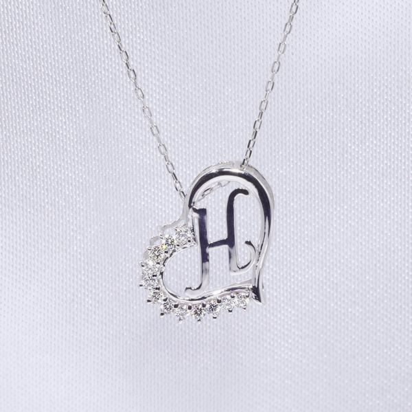 【あす楽対応】H イニシャル ペンダント ダイヤモンド ネックレス K18WG 18金ホワイトゴールド ファッション ジュエリー レディース アクセサリー 「4P108HWG」【送料無料】 *