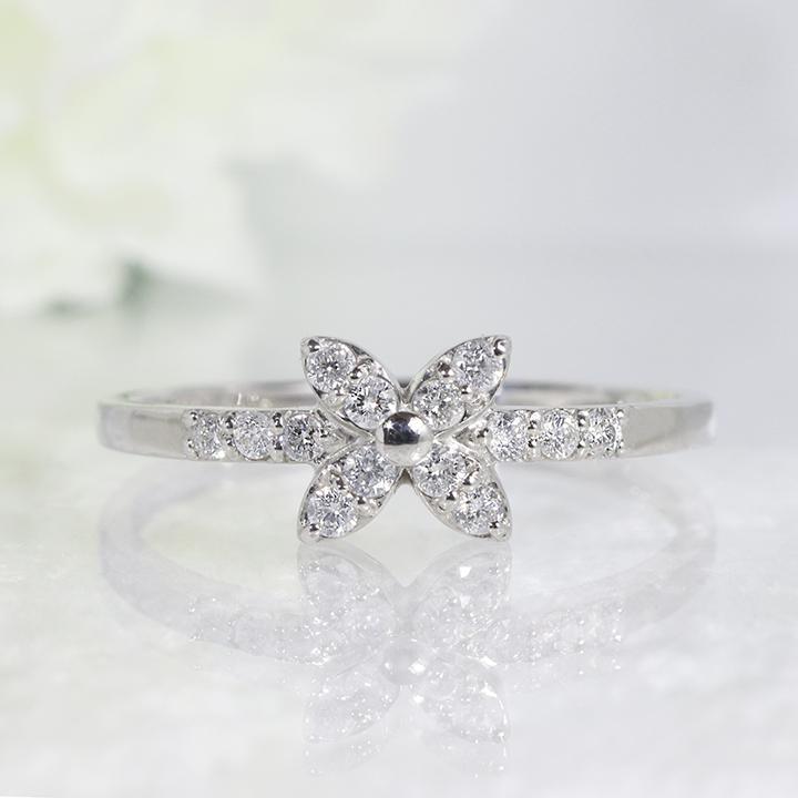花 フラワー デザイン ダイヤモンドリング K18WG  2~32号「4R0246W」【送料無料】 *