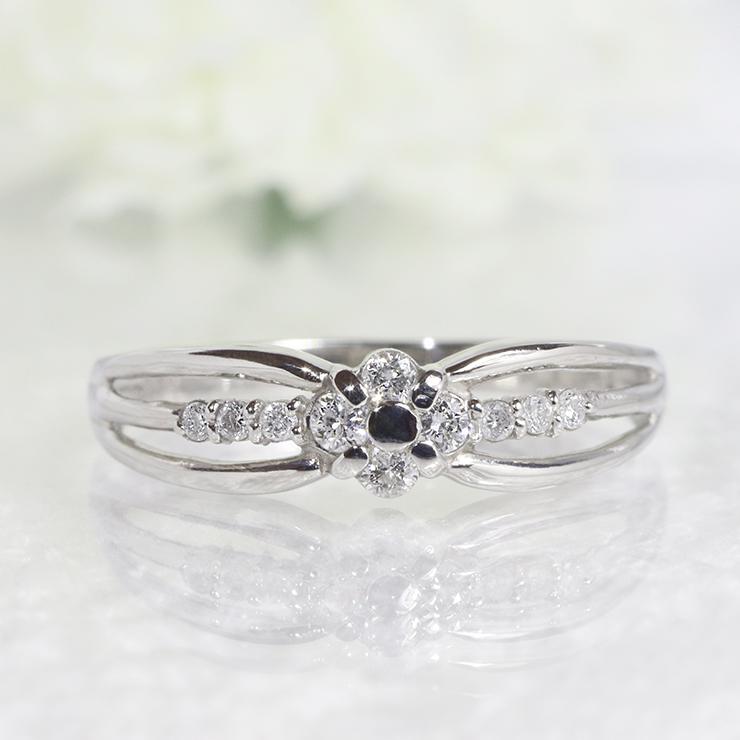 ファッション・ジュエリー・アクセサリー・レディース・指輪・リング・K18WG・ダイヤ・ダイア・ダイヤモンド・ダイアモンド・10個・10粒・10年・10周年・フラワー・花・ウエーブ・曲線・重ねづけ・プレゼント・ピンキー・送料無料・品質保証書・4月・誕生石