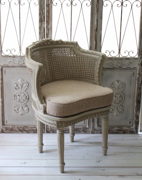France Furniture Greige Color 1 Seat Chair Salon Sofa Wooden Shabby Chic  Antique Rose Motif