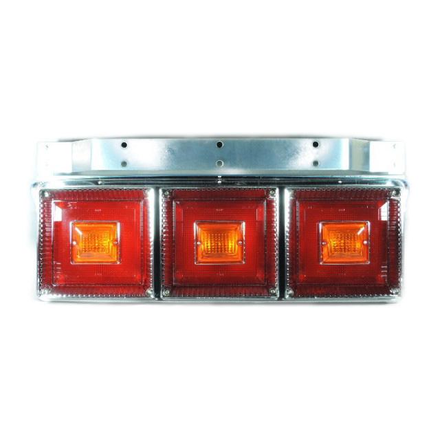 [お取寄せ] JB 角型<改>3連大型テールランプ L/R [赤・赤・赤(リレー無[ウィンカー全灯]) ] ※DC24V専用 [9241334]