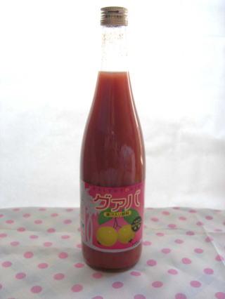 【送料無料】レモンの3~10倍のビタミンCは美肌の味方、グァバが一番、赤い色素はポリフェノール豊富です。グァバジュース12本セット