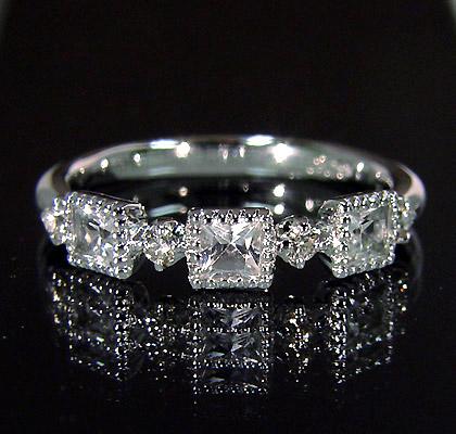【GWクーポン配布中】K18 ホワイトトパーズ ダイヤモンド リング 「altero」送料無料 指輪 ゴールド ダイアモンド 18K 18金 ミル打ち 誕生日 11月誕生石 刻印 文字入れ メッセージ ギフト 贈り物 ピンキーリング対応可能