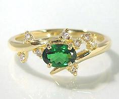 【GWクーポン配布中】K18 グリーンガーネット ダイヤモンド リング 「spumare」送料無料 指輪 ゴールド 18K 18金 ツァボライト ダイアモンド 誕生日 1月誕生石 刻印 文字入れ メッセージ ギフト 贈り物 ピンキーリング対応可能