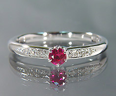 K18 ルビー ダイヤモンド リング 指輪 ゴールド 18K 18金 誕生日 7月誕生石 刻印 文字入れ メッセージ ギフト 贈り物 ピンキーリング対応可能
