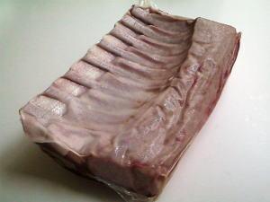 オーストラリア産 ラムフレンチラック(チルド)1kg