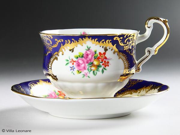 【パラゴン】コバルトブルー&金彩 花のブーケ カップ&ソーサー