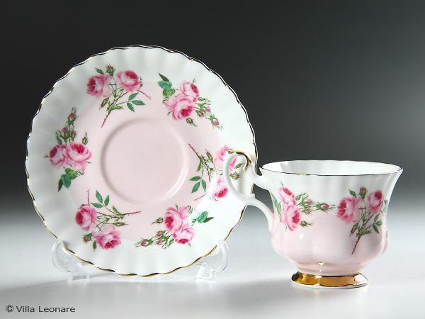 【ロイヤル アルバート】ピンク&ホワイト 薔薇 カップ&ソーサー