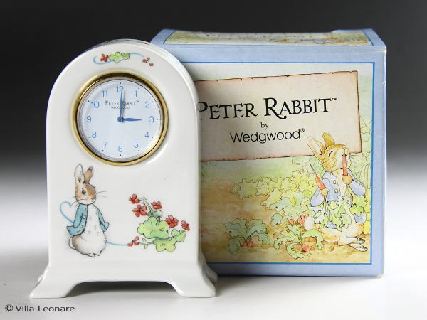 【ウエッジウッド】ピーターラビット ドームクロック(置時計)ボックス付き