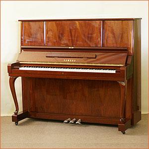 雅馬哈雅馬哈立式鋼琴 W106B