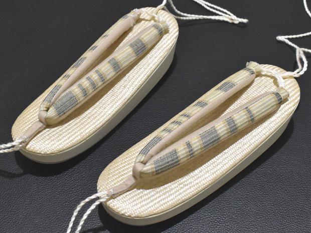 <シザール夏用本革高級草履><小判><M寸(24cmまで)><お客様の寸法でおスゲします>女性用 履物【スゲ代箱代無料&送料無料&代引料無料】日本製 ※台の上部:シザール(麻100%)。台の側面と底:本革。中はコルク芯。夏用太鼻緒(足あたりが良い)。