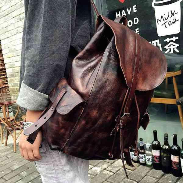 リュックサック レザー メンズ 軽量 大容量 カジュアル 旅行 リュック 本革 通学 通勤 キャンパス 黒 バック カバン 鞄 かばんbag bag-1133 【予約商品】
