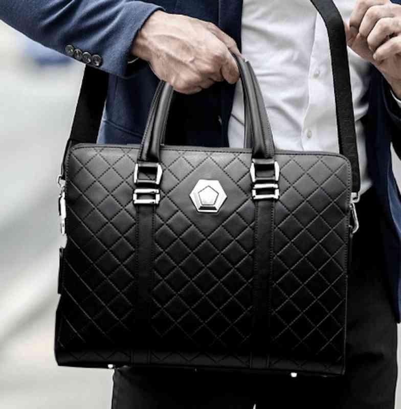 ビジネスバッグ 本革 ブリーフケース レザー メンズ 斜めがけ A4 ショルダー 軽量 通勤 斜め掛け 黒 バック カバン 鞄 かばん bag bag-1304 【予約商品】