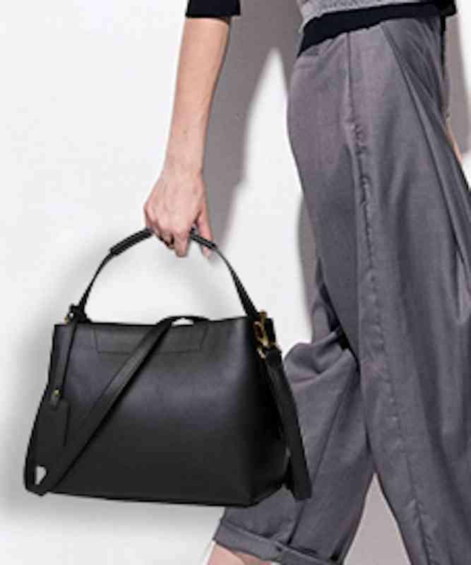 ハンドバッグ 大容量 軽量 本革 ショルダーバッグ レディース レザー 斜めがけバッグ 通学 通勤 軽量 旅行 斜め掛け 黒 バック カバン 鞄 bag-1397 【予約商品】