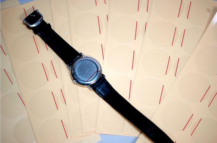 【WATCHI NAVI掲載商品】 腕時計のケース保護用に 裏蓋保護シール 18~34ミリ  各サイズ1セット/50枚入 腕時計用 ウラブタシール 組合せ自由 20セット(連絡事項欄にご希望の組合せをお書き下さい)【caseback-seal-50】【caseback-seal-s20】