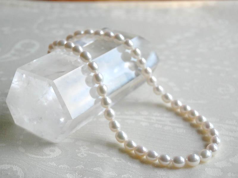 ホワイト淡水パール・ライス大珠ネックレス