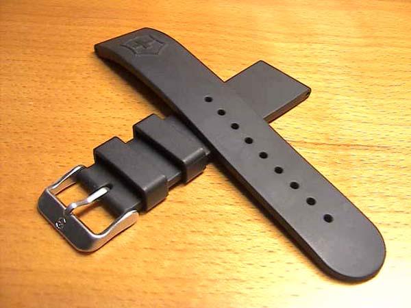 V25145 橡膠手錶帶手錶帶黑黑 22 毫米航運可為 180 美元。 對於手腕的手錶皮帶手錶錶帶