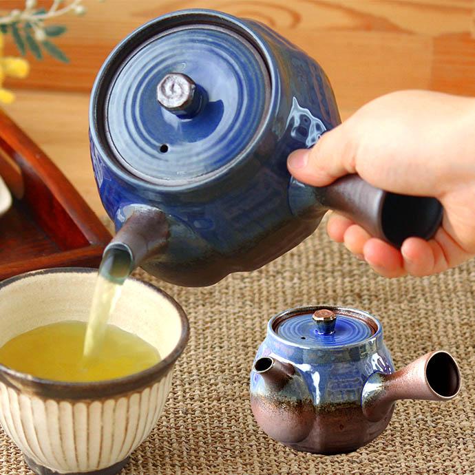 お茶もたっぷり入る軽くて使いやすい急須 1個 万古焼軽量たっぷり急須1個 約500ml 3~4人用 急須 茶器 軽い 網付き お茶 モダン 大容量 おすすめ おしゃれ 持ちやすい 店内全品対象 茶こし付き 新茶