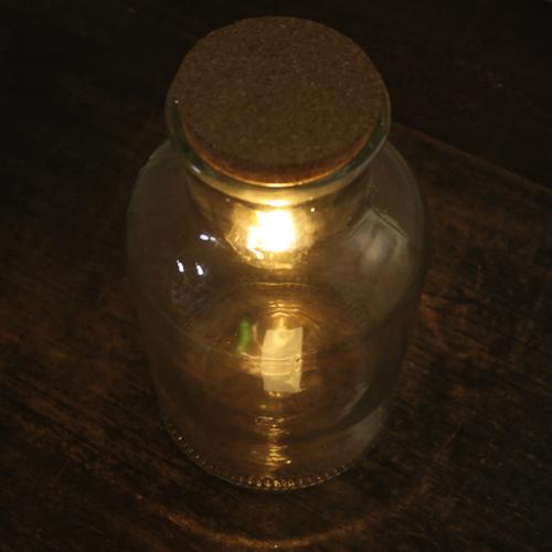 ガラスボトル LED照明付き 再再販 割り引き おしゃれ ディスプレイ アンティーク 電池式 ライト LEDライト ガラス 容器 置物 テーブルライト オブジェ インテリア レトロ 照明 シンプル 電球